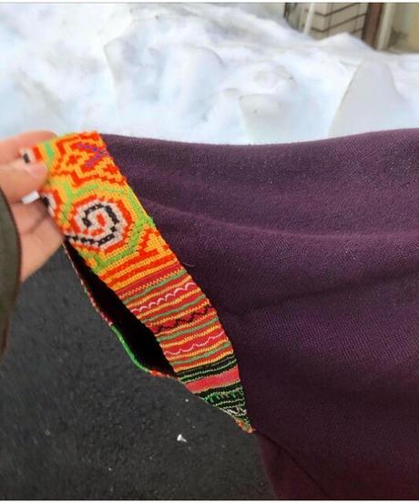 モン族刺繍ポンチョ