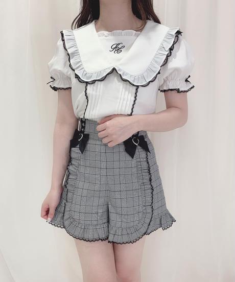 HC213TP0716 フロント刺繍トップス