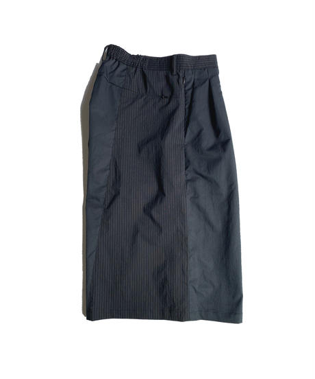 TYPE 07 Elastic wide middle shorts