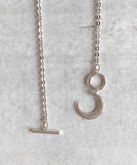 moon motif necklace G213