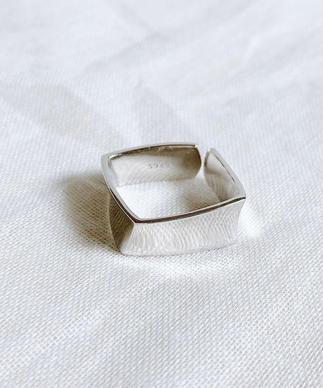 square ring H110