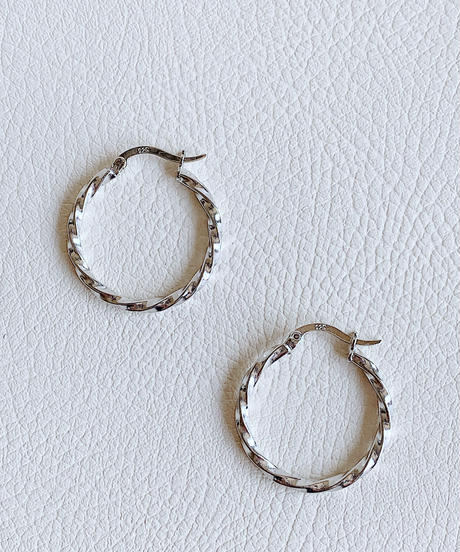 twist hoop pierce A-109