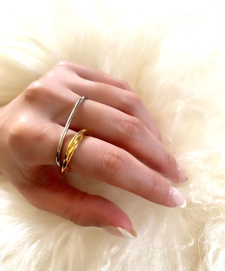 two finger round ring D204