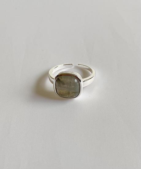labradorite ring F204