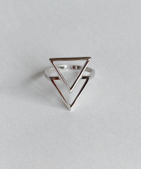 triangle ring B115