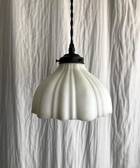 縞模様プレスガラスのペンダント照明