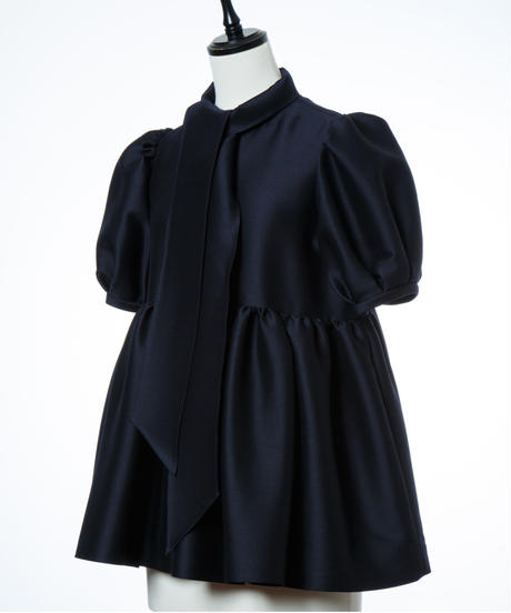 Bow tie Tuck Gathered Blouse in Navy
