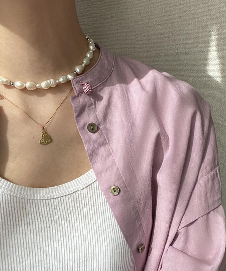 Pearl choker with silver beads