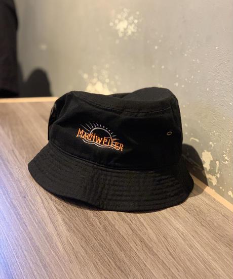 BUCKET HAT feat KEiSUKE