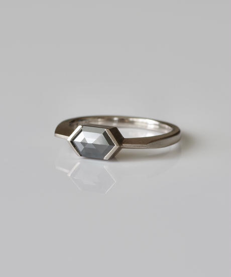 One of a kind / Diamond Ring <K18YG> - R888CWG