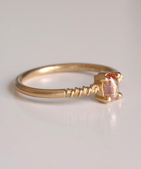 One of a kind / Diamond Ring <K18YG> - R305C