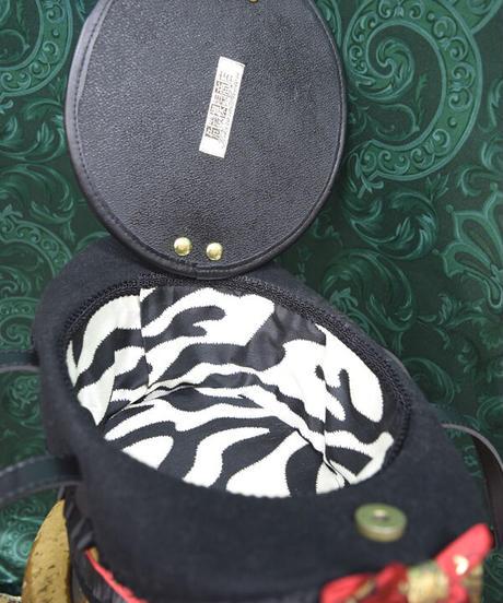 kki.2386 白うさぎのマジックシルクHATBAG。<トランプ>