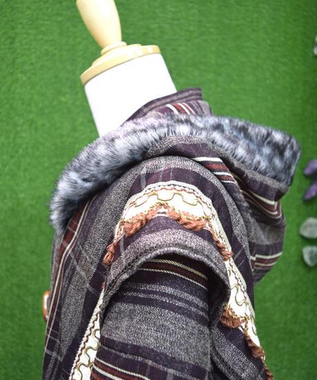 kki.2250 ブラウンチェックダッフル羽織ブルゾン。