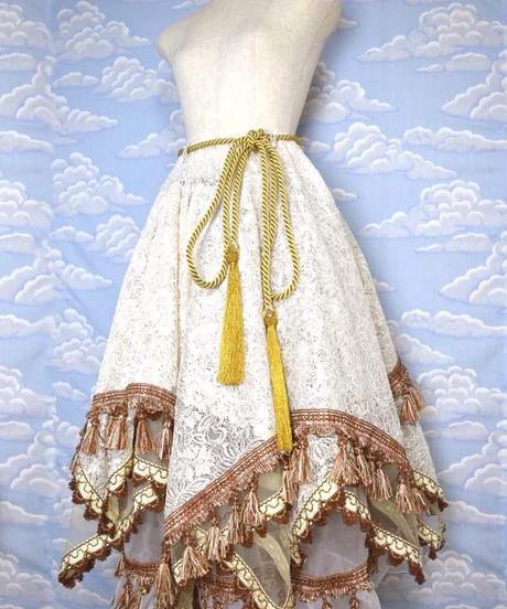 kki.1992 タッセルフリンジアシンメトリジプシースカート。