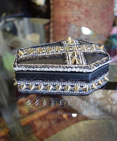 kki.2368  Gothi Clip 棺BOX。<ロックスタッズ>
