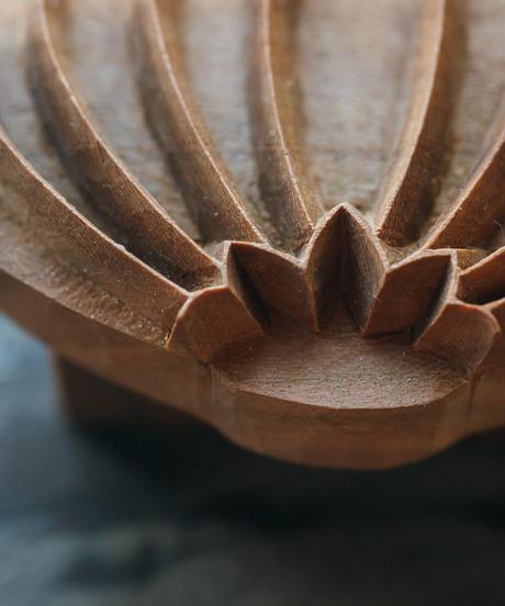 木彫刻のクッキー型