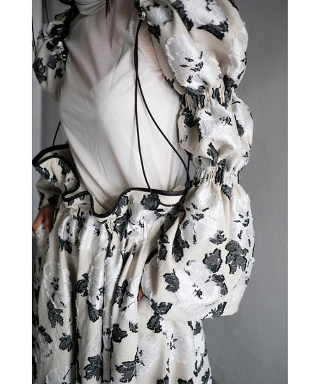 shirring sleeve (double puff) - flower white
