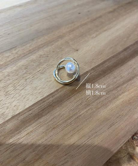round pearl ear cuff