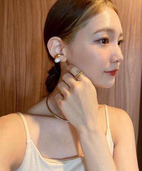 pearl beans ear cuff
