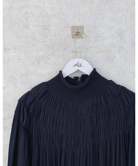 neck knit one-piece