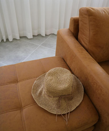 flare strow hat
