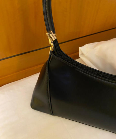 classic hand bag
