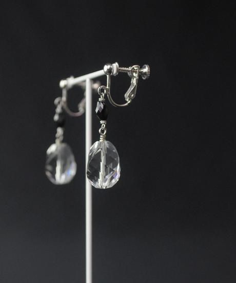【anq.】夏の光のモノクローム イヤリング クォーツ/ブラックスピネル