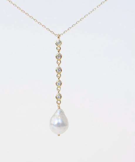 【anq.】K18・5連ダイヤモンド、アコヤパールネックレス