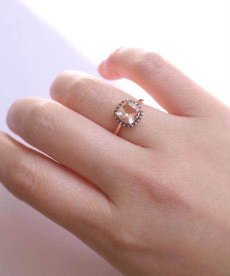 【ANDY】K9PG モルガナイト・ダイヤモンド  クラシックデザインリング