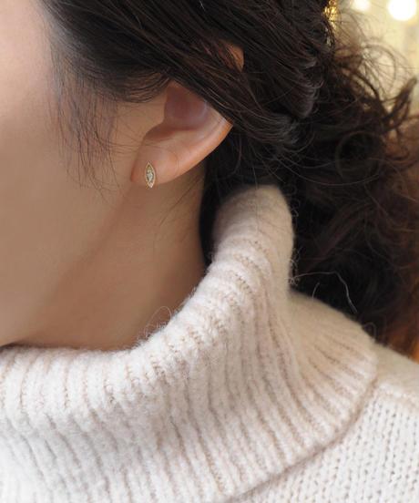 【anq.】 K10・0.04ct  ダイヤモンドスタッド ピアス「Felice」
