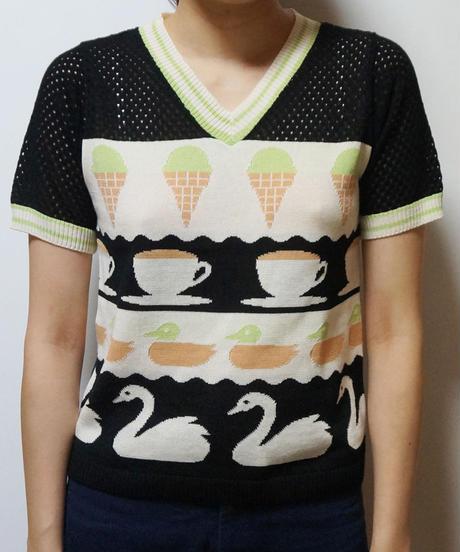 アイスクリームと紅茶と水鳥のニットトップ (black)