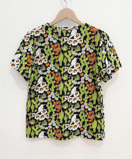 サボテンプリントフリルそでTシャツ (black)