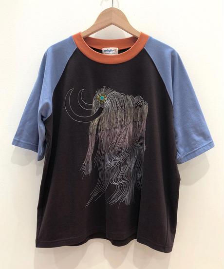 虹色マンモス刺繍のラグランTシャツ (dark brown)
