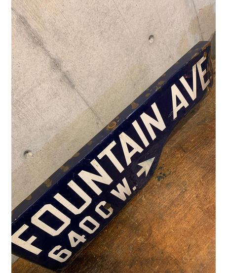 Fountain Ave ストリートサイン