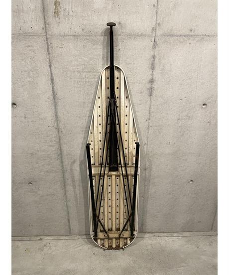 ヴィンテージ メタル アイロニング ボード ①
