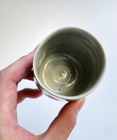 梶原靖元 灰釉湯呑 3