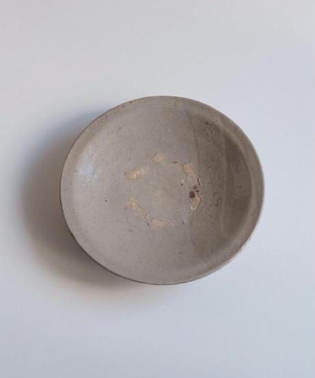 李朝堅手皿