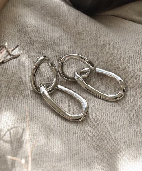 nh-pierce2-02248 シルバー ゆがみサークル&オリーブ型フープ ピアス