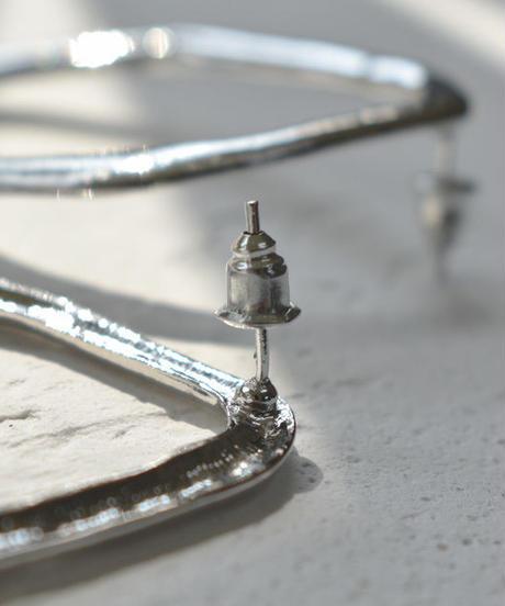 nh-pierce2-02110 タイプ2 ベンドオーバル スタッズピアス