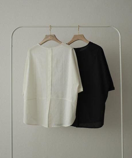 nh-tops-02231 リネン混 バックスリットブラウス ホワイト ブラック