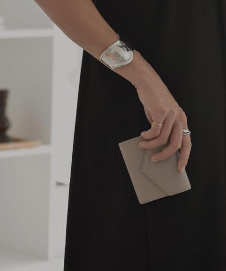 leather-09002 牛革 レターデザイン 財布  グレージュ ブラウン