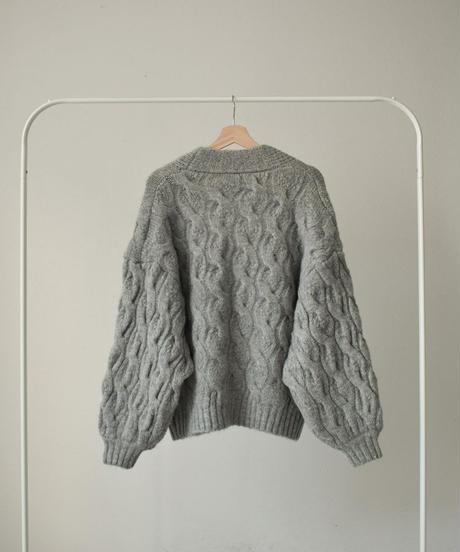 knit-02123 ウール混 ボリュームスリーブ ケーブル柄ニットカーディガン ライトグレー