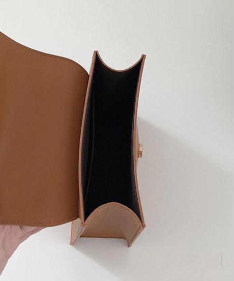 bag2-02426 フェイクレザー ゴールドボタン スクエアバッグ ショルダーバッグ キャメル ダークブラウン