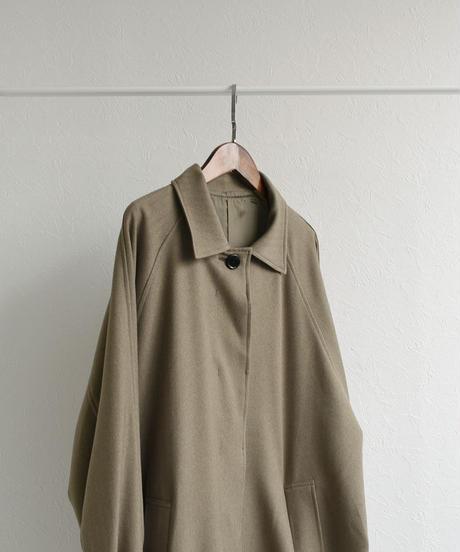 outer-04004 日本製 防シワ ヘリンボーン オーバーステンカラーコート