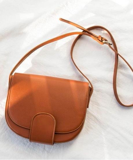 bag2-02400 ハーフムーンショルダーバッグ