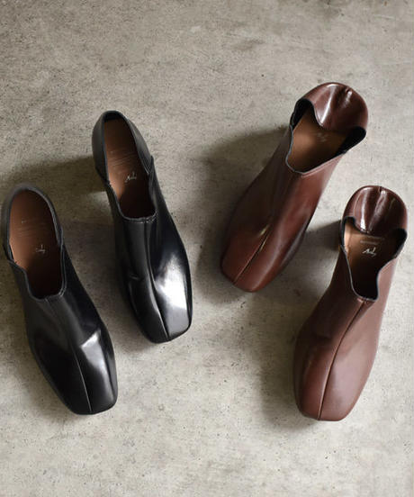 shoes-02049 センターシーム パンプス フェイクレザー チャンキーヒール  ブラウン ブラック