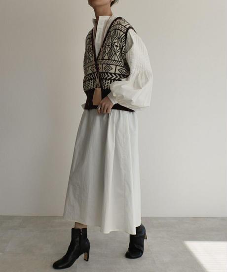 knit-02114 ジャガード柄 ニットベスト ブラック
