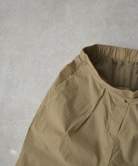 bottoms-07009 撥水 パラシュートパンツ ベージュ ブラック