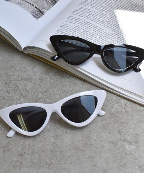 sunglasses-02038 ホワイト&ブラック キャットアイ 細サングラス