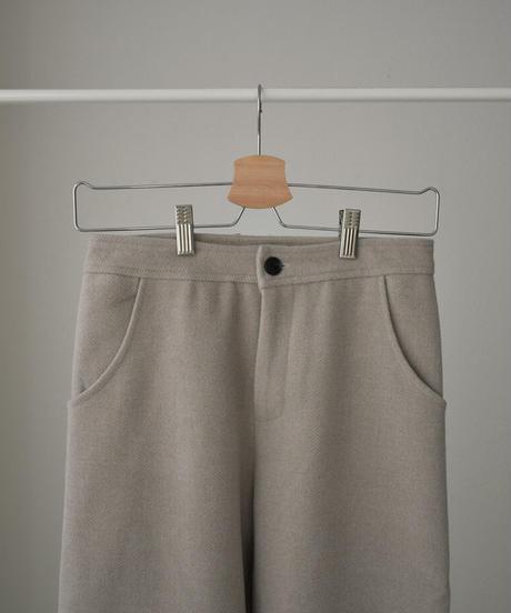 bottoms-02095 ウール混 カーヴィーパンツ グレージュ